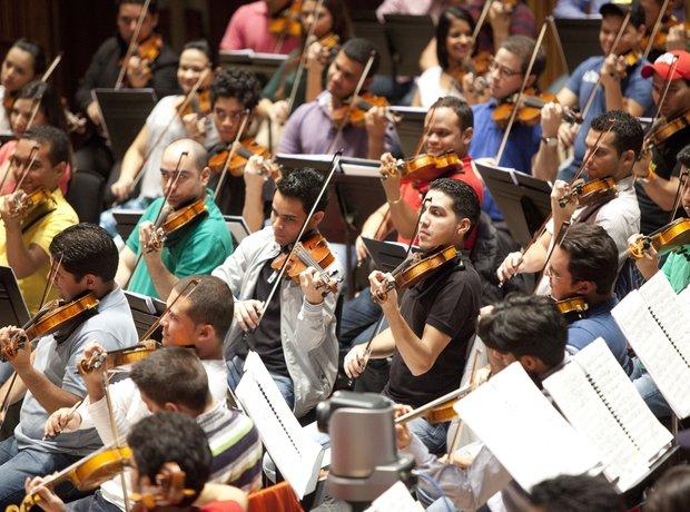 Dudamel & Simón Bolívar Symphony Orchestra Of Vene