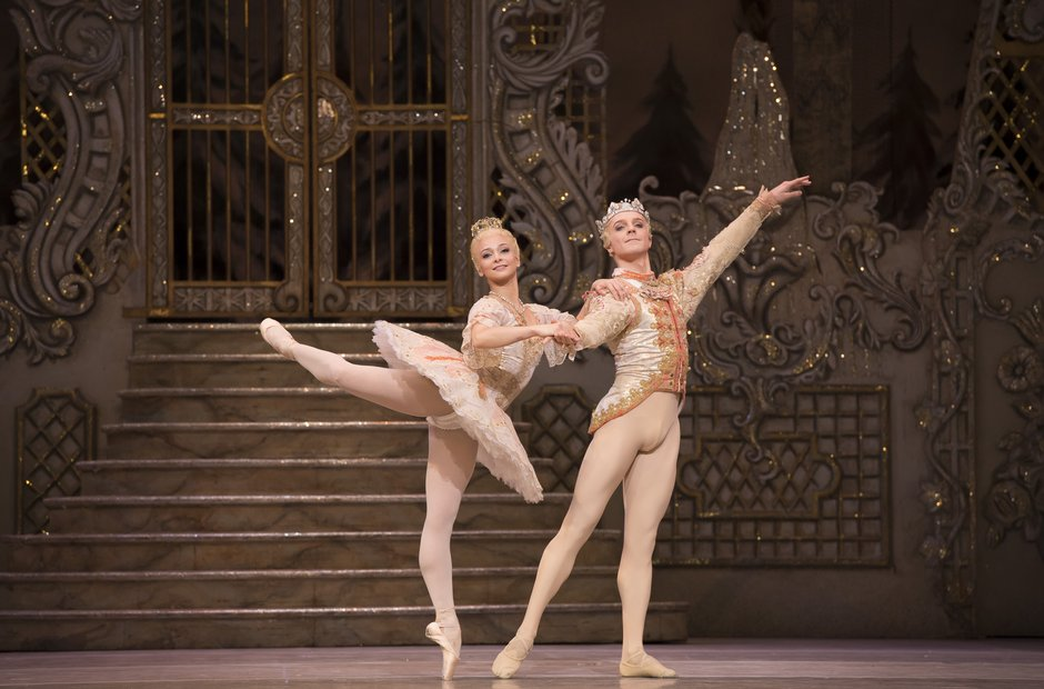 Steven McRae and Roberta Marquez Nutcracker