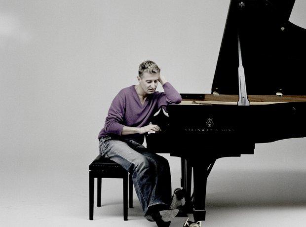 Jean-Yves Thibaudet pianist
